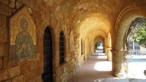 Filerimos-Monastery courtyard